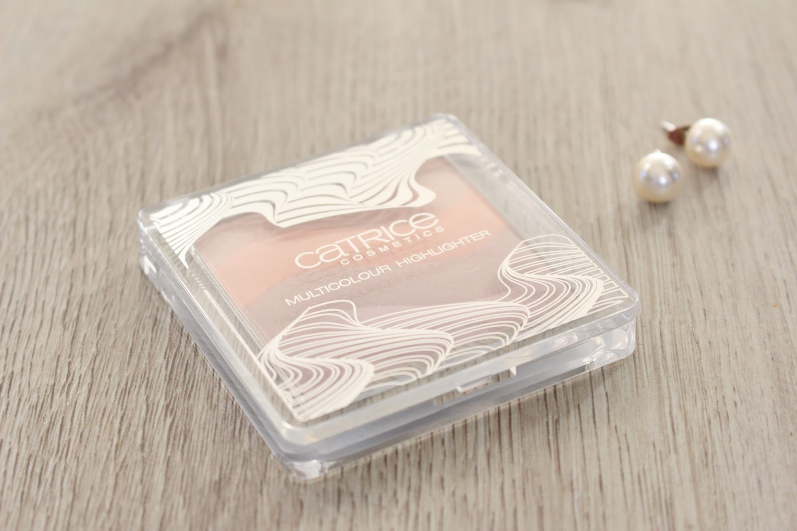 Catrice VISIONairy Multicolour Highlighter