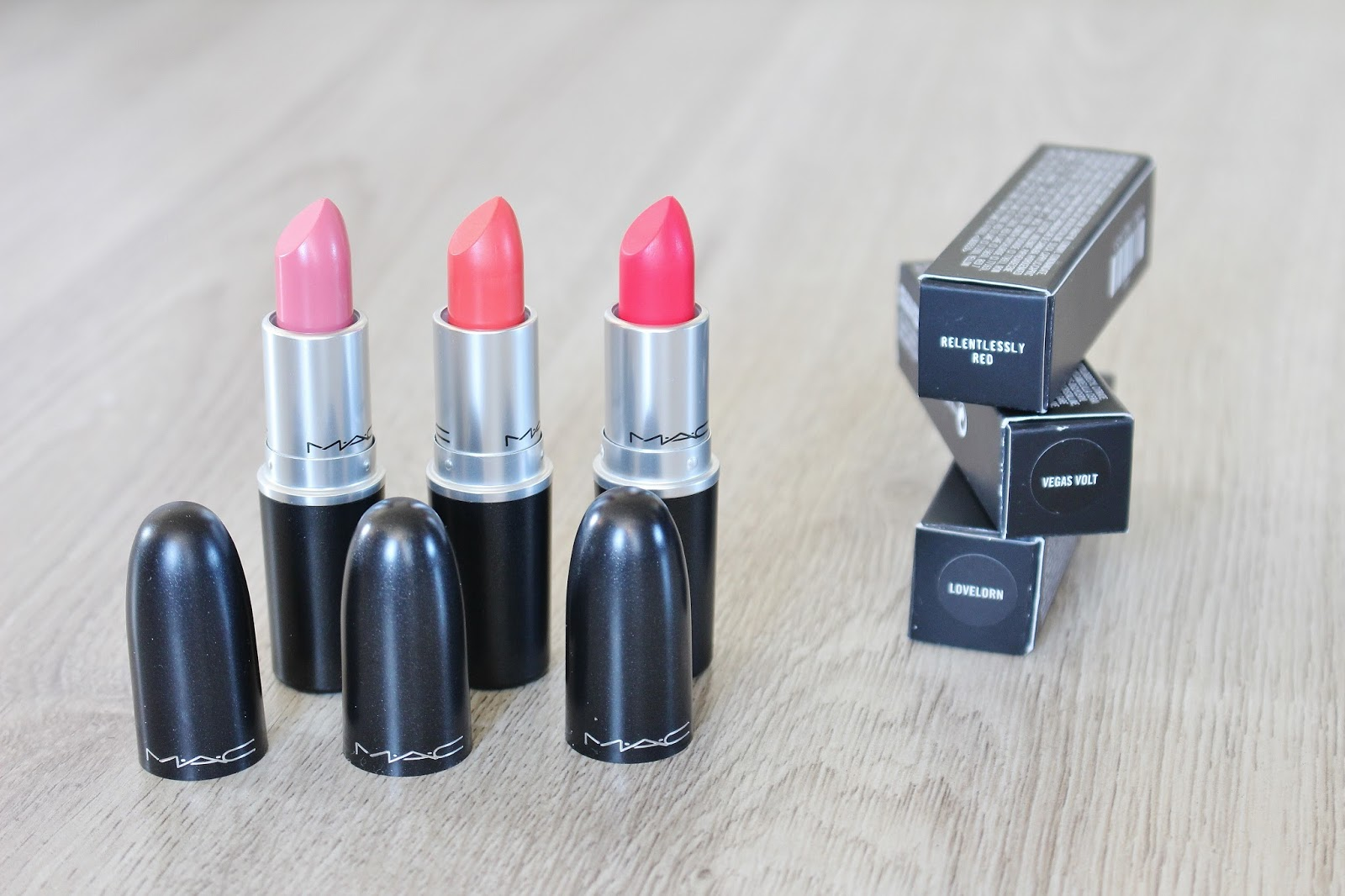 3 x MAC Lipsticks – Relentlessly Red, Vegas Volt & Lovelorn